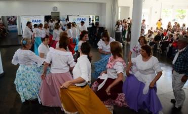 El Intendente participó del cierre de los talleres de PAMI