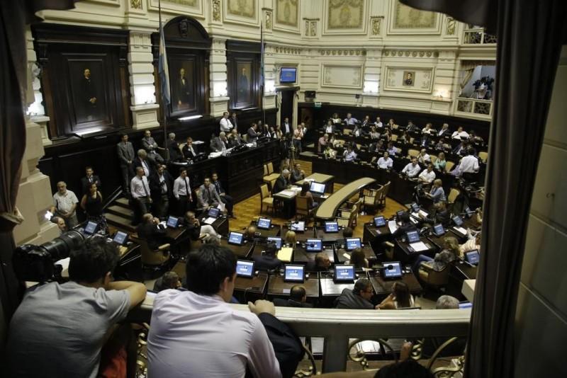 La Legislatura se ajusta el cinturón y achica gastos por $ 2.500 millones