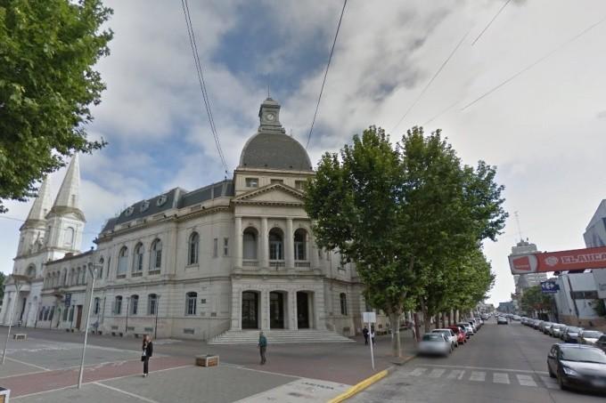 Jornada de asueto en la Municipalidad y en el HCD