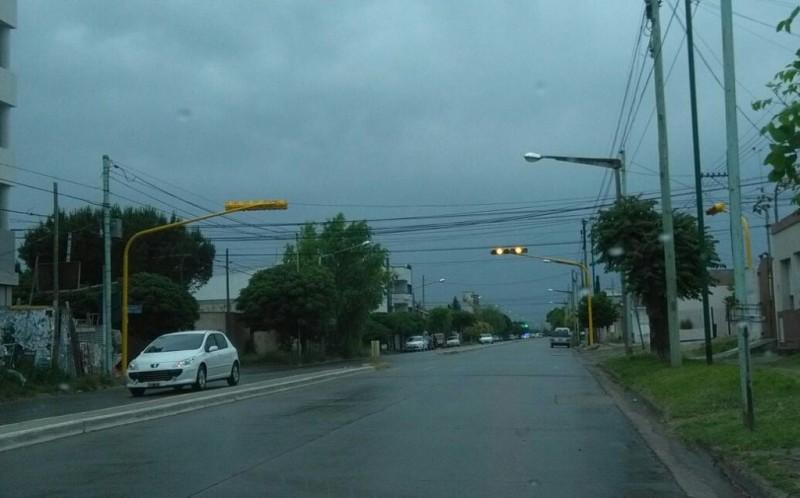 Atención: nuevo semáforo en Trabajadores y Lamadrid