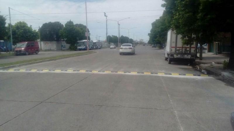 Se instalan nuevos reductores de velocidad en la ciudad