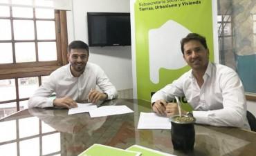 Galli firmó un convenio para infraestructura en los barrios