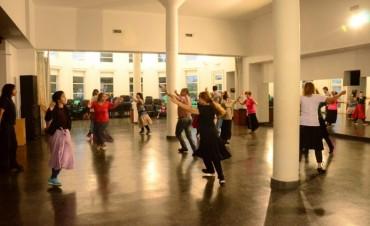 El Ballet Folklórico Municipal invita a celebrar la Tradición