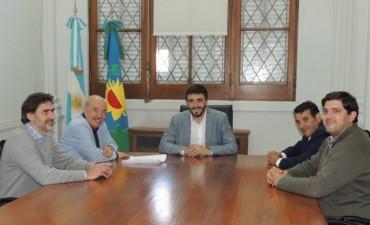 El abogado de la Federación de Sindicatos Municipales bonaerenses se reunió con el intendente