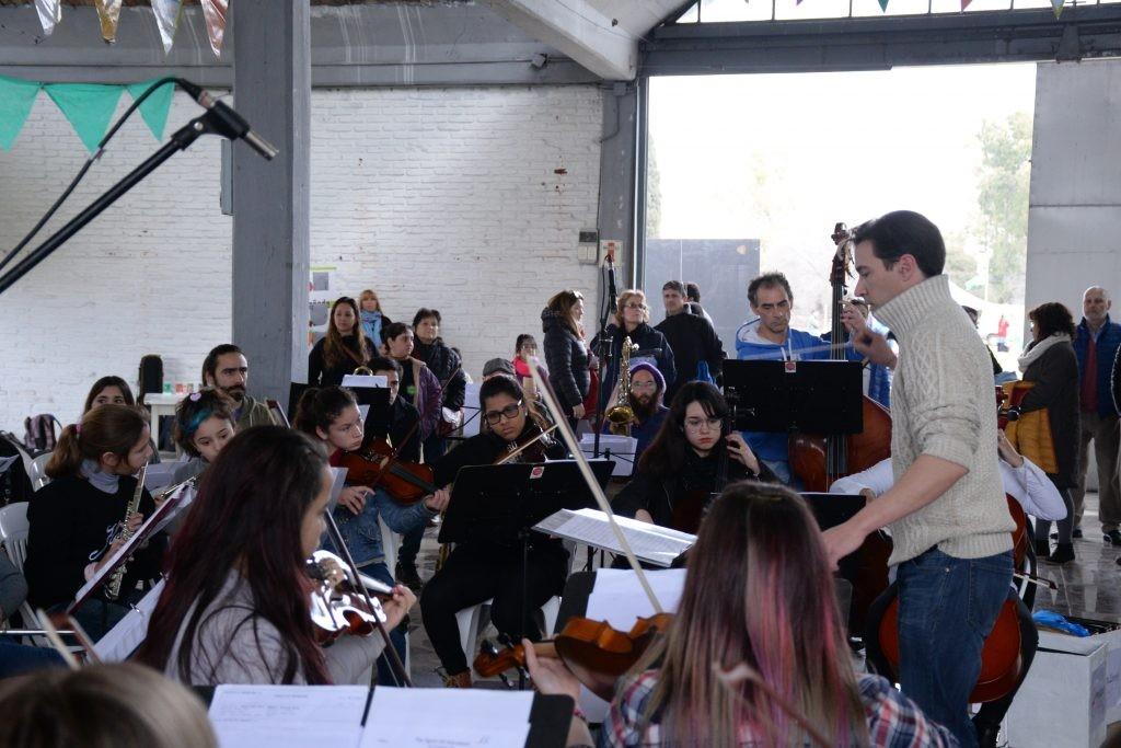Se presenta 'Beatles Sinfónico' a beneficio del Hogar de Niñas