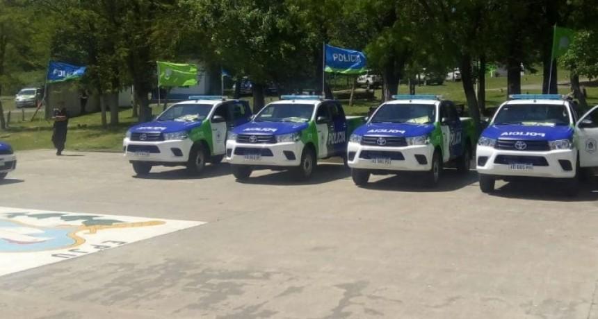 Se realizó la entrega de móviles en la Escuela de Policía