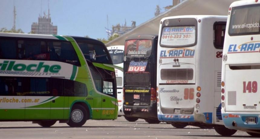 El Gobierno autorizó aumentos de hasta el 30 % en pasajes de larga distancia