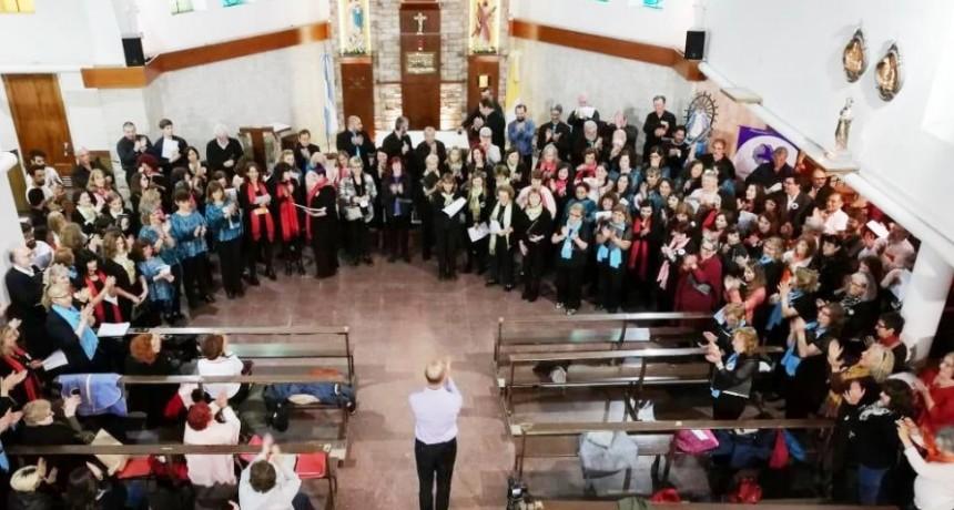 Participación del Coro Municipal de General Alvear