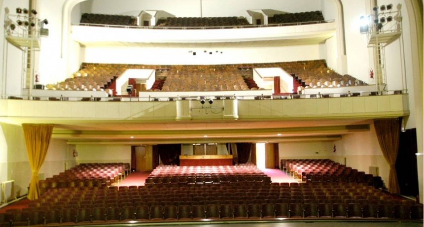 Gimnasio Villa Pirén en el Teatro Municipal