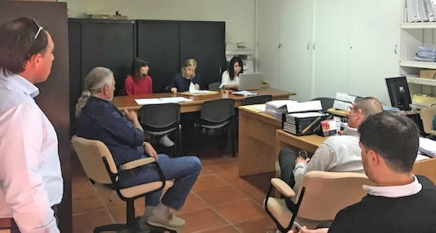 Se incorporan dos vehículos para Hogar Peñihuén, Casa del Adolescente y Servicio Local