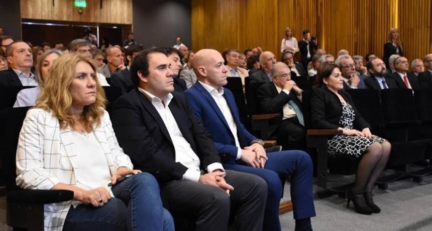 Lordén participó de la inauguración del Centro de Simulación de FEMEBA