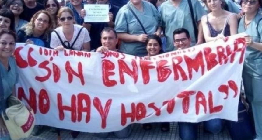 Enfermeros en alerta: 'somos profesionales, no administrativos'