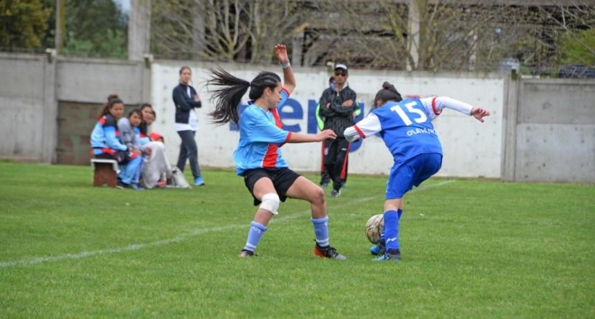 Día de la No Violencia hacia la Mujer: fútbol femenino en el Parque Eseverri
