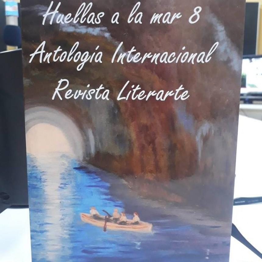 Una edición cooperativa de poesía en 'La Biblioteca'