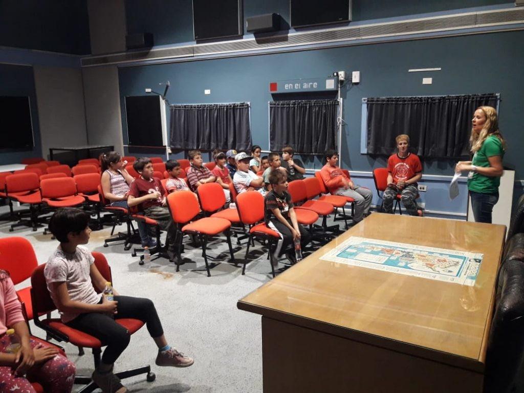 El Centro de Día N° 5 visitó Radio Olavarría