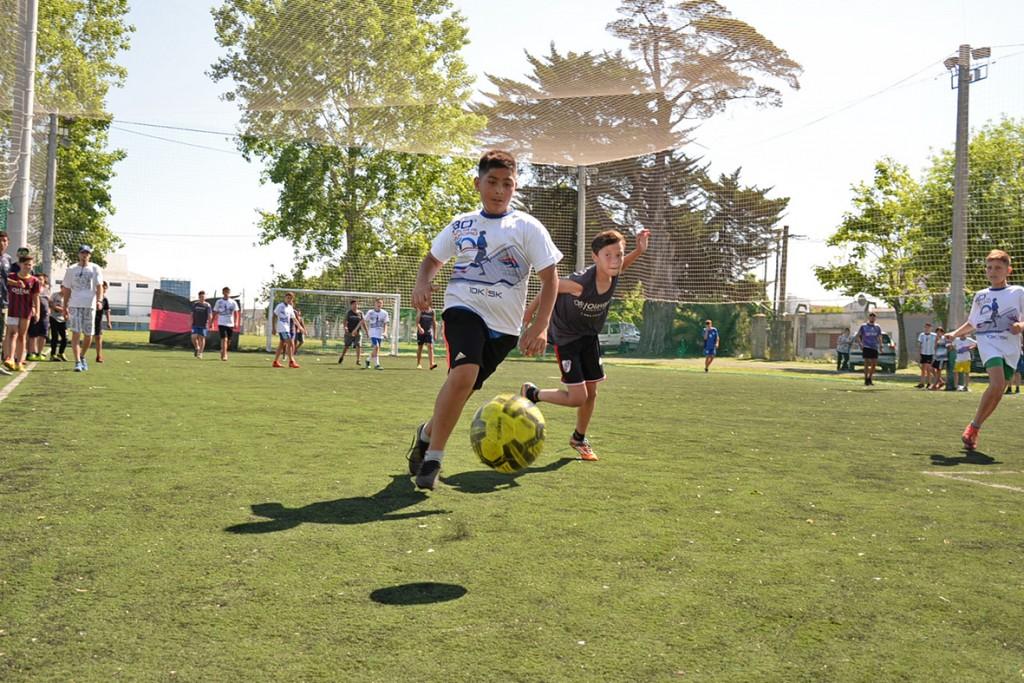 Última fecha del Torneo Interbarrial en El Fortín