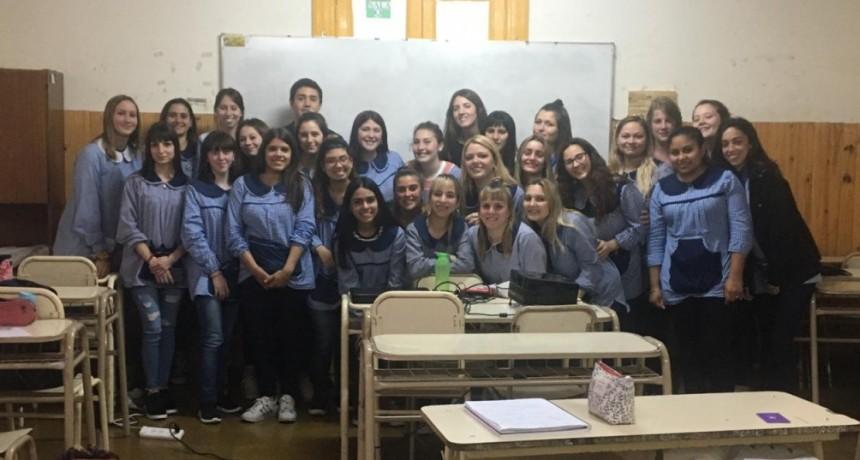 """""""Olavarría conoce a Olavarría"""": charla para estudiantes del Profesorado de Nivel Inicial"""