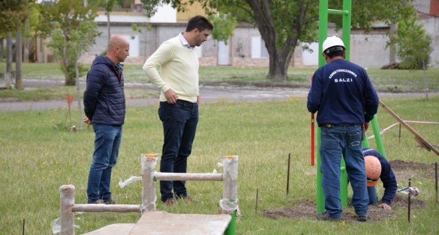 Se incorporan juegos en los espacios verdes para promover hábitos saludables