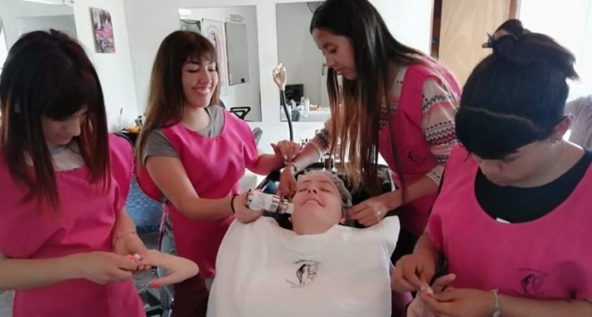 Importante labor del Centro de Día de Mujeres Adolescentes