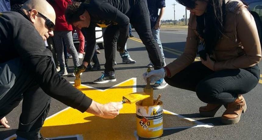 Pintan la estrella amarilla 155 en Olavarría