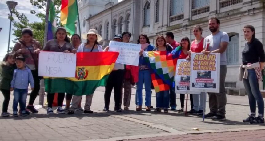 En Olavarría, se realizó una marcha por Bolivia
