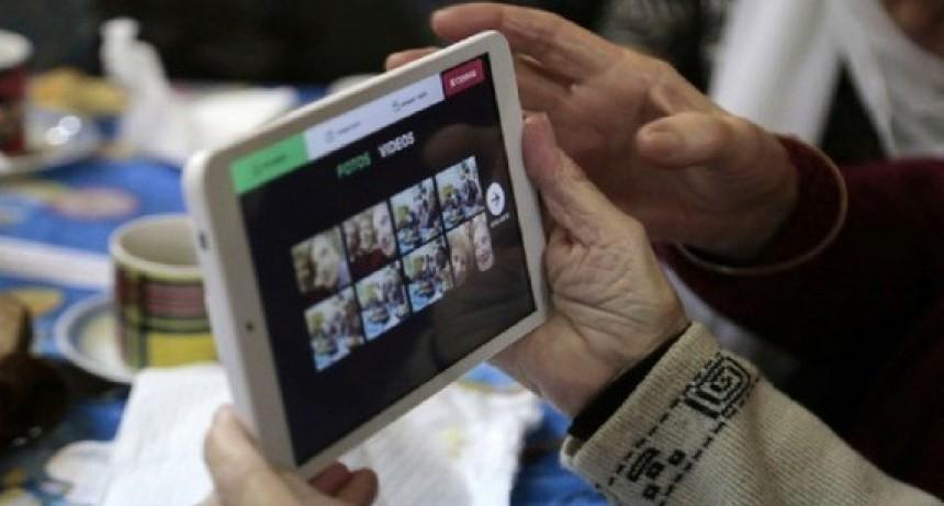 El municipio entregará mil tablets más a jubilados
