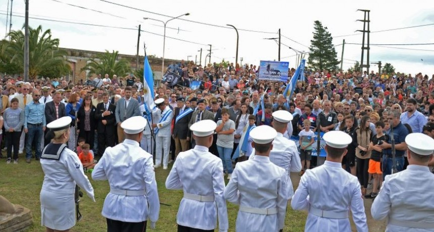 Homenaje a los tripulantes del ARA San Juan