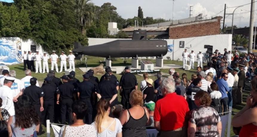 Homenajearon a los tripulantes del ARA San Juan en Hinojo