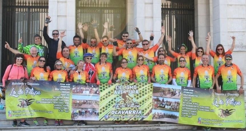 Ciclistas en peregrinación a Luján