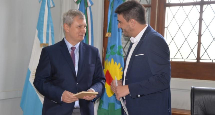 El intendente Galli recibió al nuevo embajador de Eslovaquia