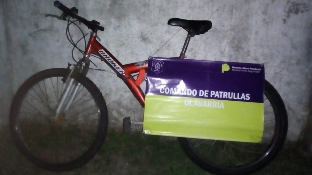 Arrestan a chico de 17 años que robó una bicicleta