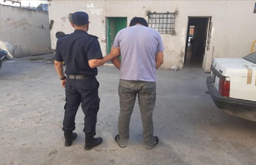 Encuentran a un hombre sobre el que pesaba una  Orden de Detención