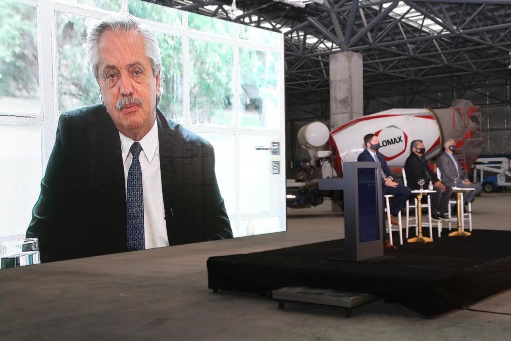 En Olavarría, el presidente y el gobernador, celebraron el Día de la Construcción