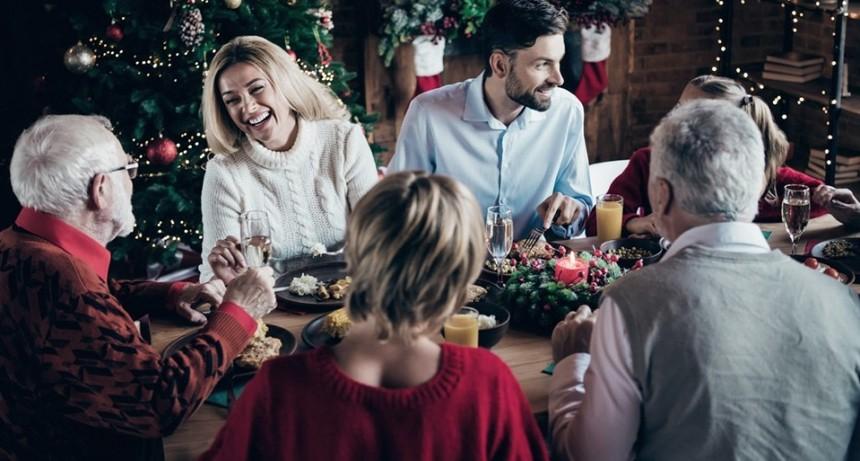 España planea una Navidad con comidas de seis personas y toque de queda