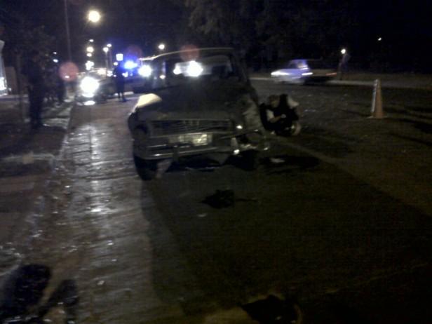 Colisionaron un auto con una moto