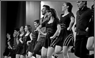 """Escuela Municipal de Danzas: """"Todos trabajamos muy en serio"""""""