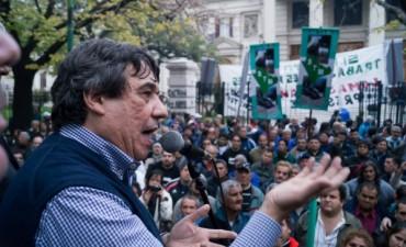 Los municipales bonaerenses suspendieron la movilización a la plata