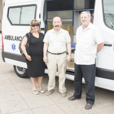 Azul: Fue presentada la ambulancia adquirida con fondos municipales