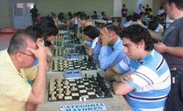El ajedréz continúa a gran ritmo