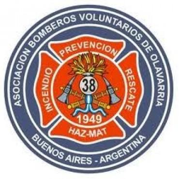 Incansable labor de los bomberos en los casi 20 incendios de pastos de este sábado