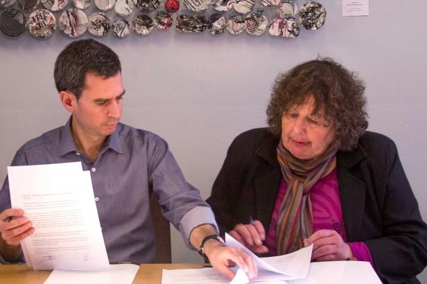 Educadores: firman la construcción de la segunda etapa del Barrio