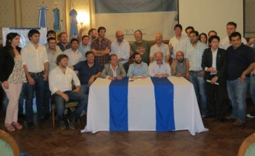 José Ottavis  participó de un encuentro en Azul