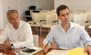 El Intendente Eseverri firmó en La Plata 520 escrituras