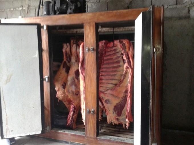 Secuestraron 300 kilos de carne en una carnicería