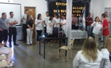 Setenta alumnos de la Unidad N°38 finalizaron sus estudios primarios