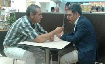 El gerente comercial de YPF estuvo en la nueva YPF Zito y Priola