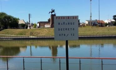 Se encuentra prohibido bañarse en el arroyo Tapalqué