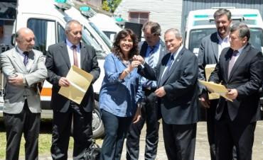 Salud de la provincia recibió de Nación, ambulancias y computadoras