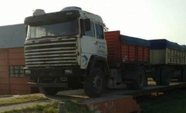 Se detectó un camión con sobrecarga