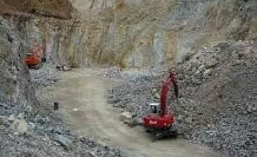 Piden afectar un porcentaje el impuesto a la piedra a obras